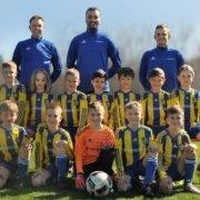 TSV Poing - Neue Trikots für E4-Junioren